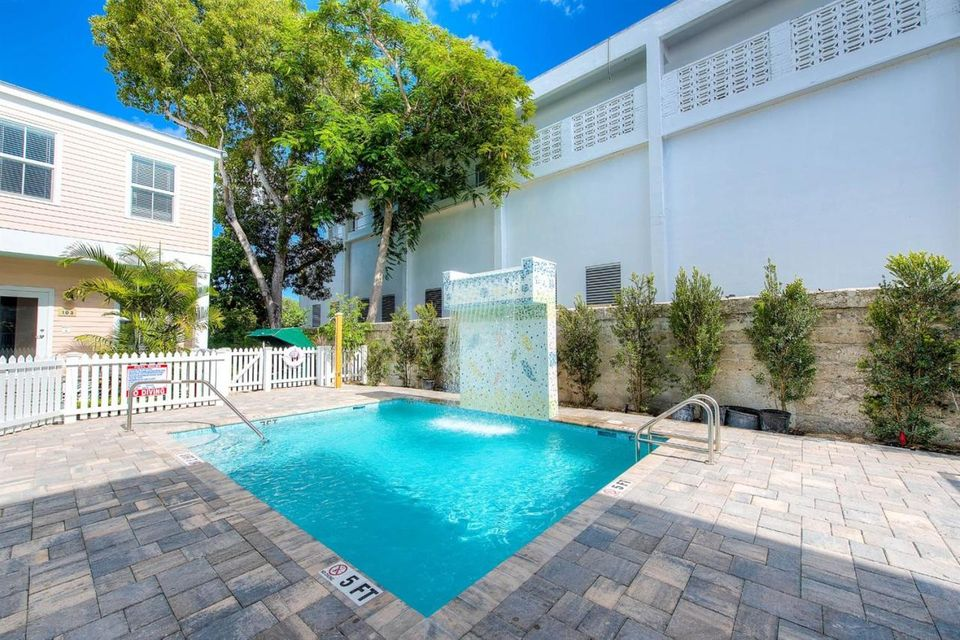Additional photo for property listing at 1019 Simonton Street  Key West, Florida 33040 Amerika Birleşik Devletleri