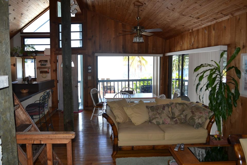 Additional photo for property listing at 204 James Avenue  Key Largo, Florida 33037 United States