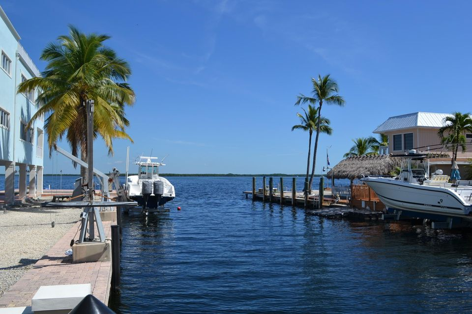 Additional photo for property listing at 204 James Avenue  Key Largo, Florida 33037 États-Unis