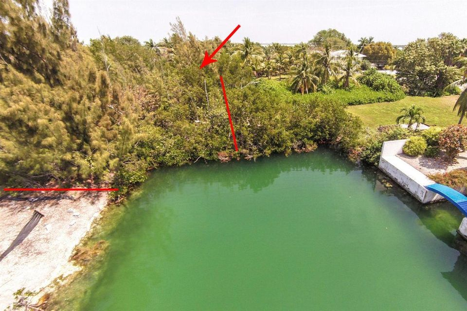 Additional photo for property listing at 111 W Bonefish Lane  Sugarloaf, Florida 33042 États-Unis