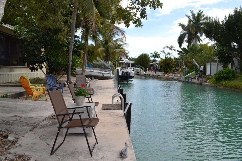 Additional photo for property listing at 21052 6th Avenue 21052 6th Avenue Cudjoe Key, Florida 33042 United States