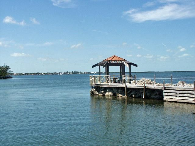 Additional photo for property listing at 104500 Overseas Highway  Key Largo, Florida 33037 United States