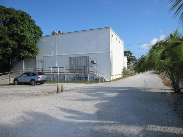 Additional photo for property listing at 30300 Overseas Highway  Big Pine Key, Флорида 33043 Соединенные Штаты