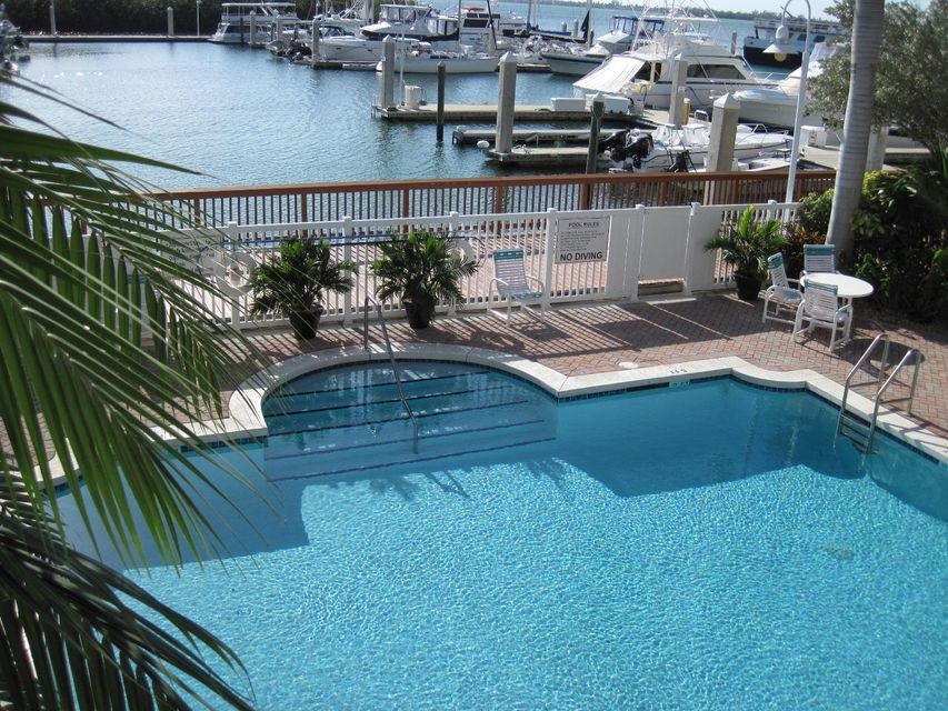 Condominio por un Venta en 5603 College Road Key West, Florida 33040 Estados Unidos
