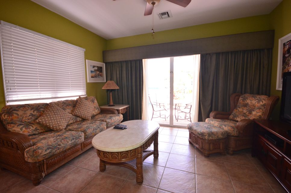 Additional photo for property listing at 7004 Harbor Village Drive  Marathon, Florida 33050 États-Unis