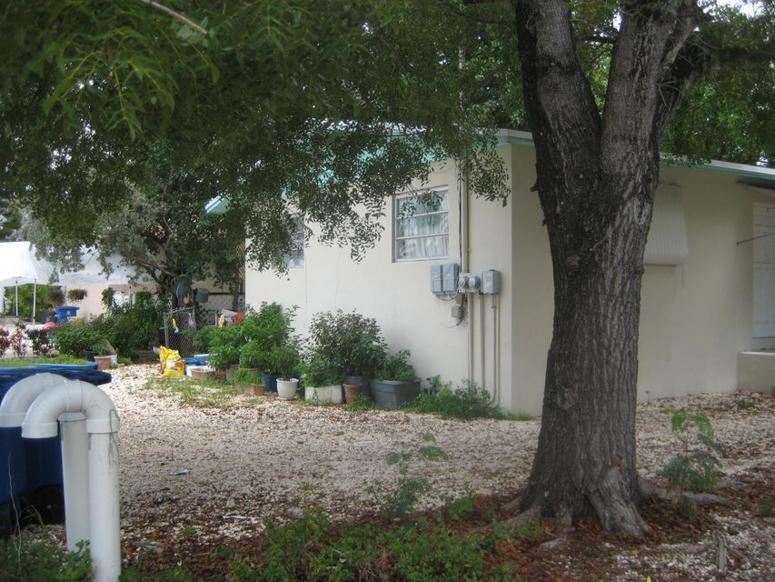 Additional photo for property listing at 11955 1St Avenue Gulf  Marathon, Florida 33050 États-Unis