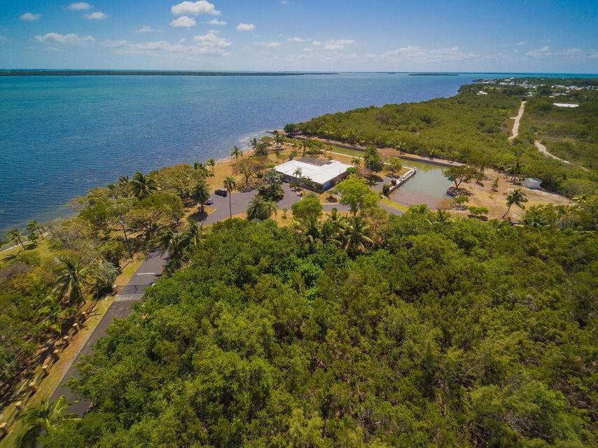 獨棟家庭住宅 為 出售 在 30680 Winifred Street Big Pine Key, 佛羅里達州 33043 美國
