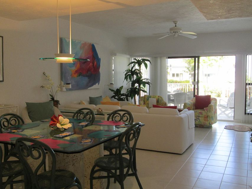 Additional photo for property listing at 799 W Ocean Drive  Key Colony, Φλοριντα 33051 Ηνωμενεσ Πολιτειεσ