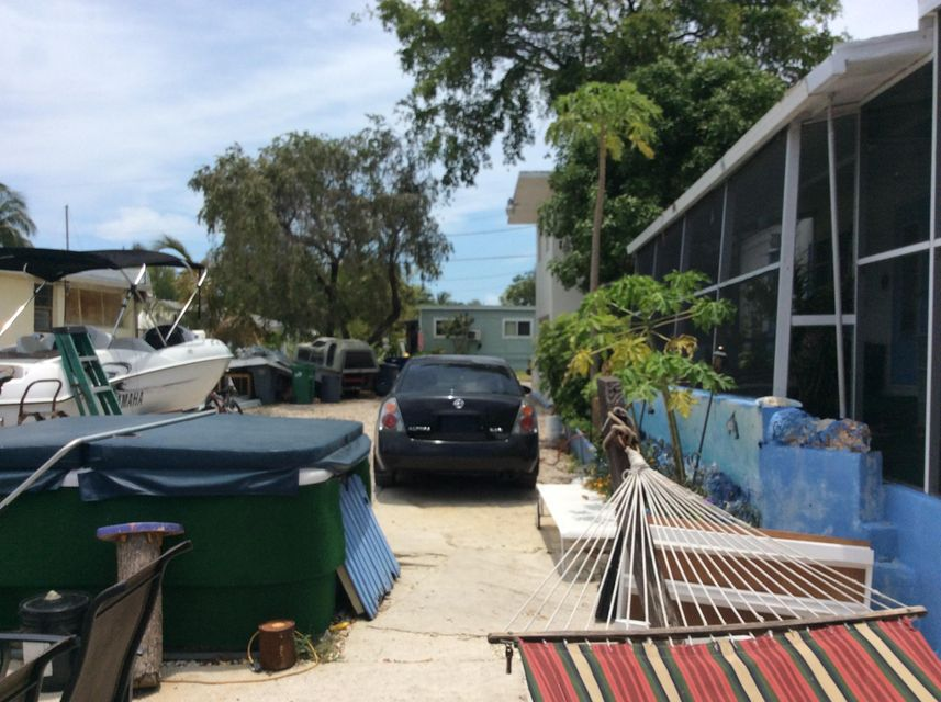 Additional photo for property listing at 435 Big Pine Road  Key Largo, Florida 33037 United States