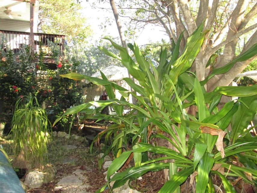 Additional photo for property listing at 15 Palm Drive  Key West, Florida 33040 United States
