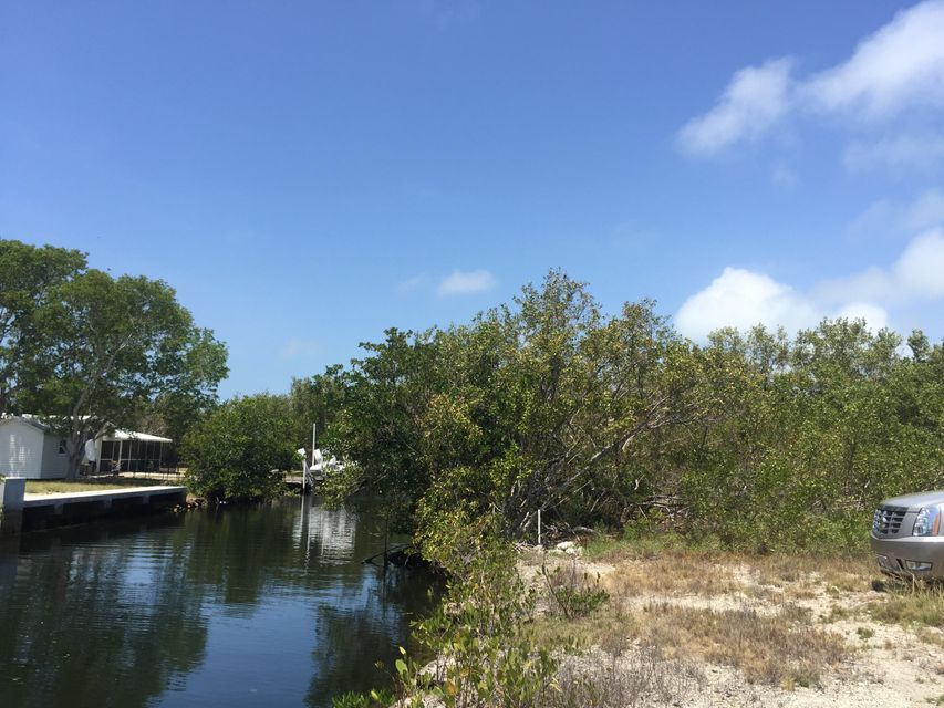 Additional photo for property listing at 27344 St Lucie Lane  Summerland Key, Florida 33042 United States