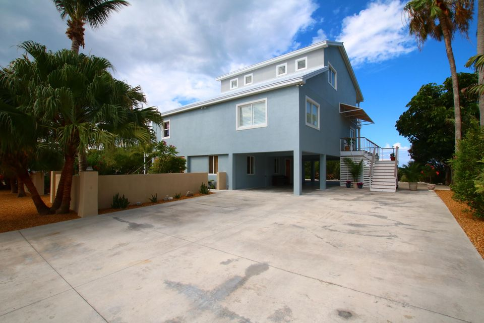 Additional photo for property listing at 110 Pirates Cove Drive  Marathon, Florida 33050 Stati Uniti