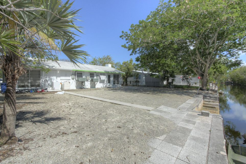 Multi-Family Home for Sale at 3856 No Name Road Big Pine Key, Florida 33043 United States