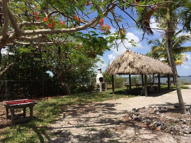 Additional photo for property listing at 3854-3856 No Name Road  Big Pine Key, Флорида 33043 Соединенные Штаты