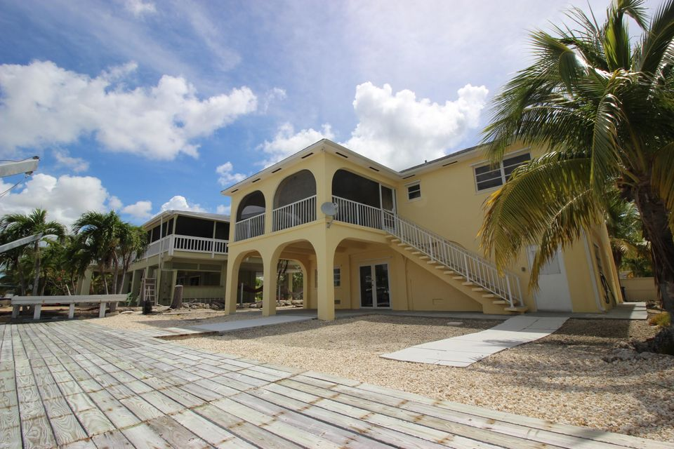 Additional photo for property listing at 234 E Cahill Court  Big Pine Key, 플로리다 33043 미국