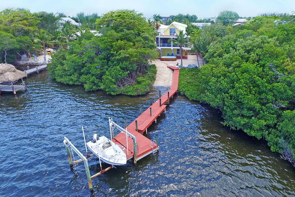 Additional photo for property listing at 31 Mutiny Place  Key Largo, Florida 33037 Estados Unidos
