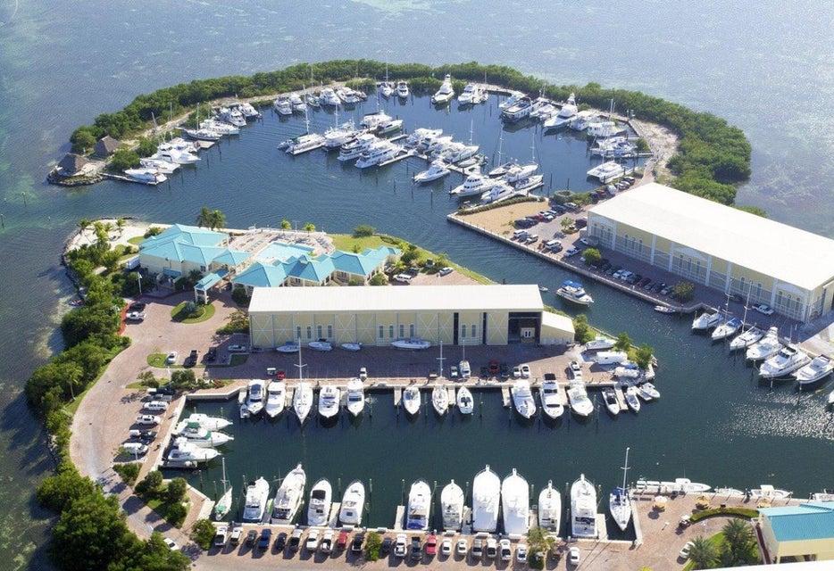 Anderer Wohnungstyp für Verkauf beim 6000 Peninsular Avenue Stock Island, Florida 33040 Vereinigte Staaten