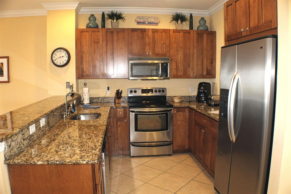 Additional photo for property listing at 11600 1ST AVENUE GULF  Marathon, Florida 33050 United States