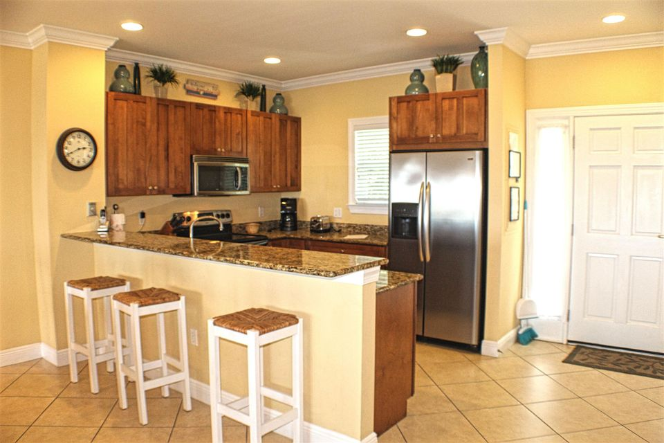 Additional photo for property listing at 11600 1ST AVENUE GULF  Marathon, Florida 33050 États-Unis