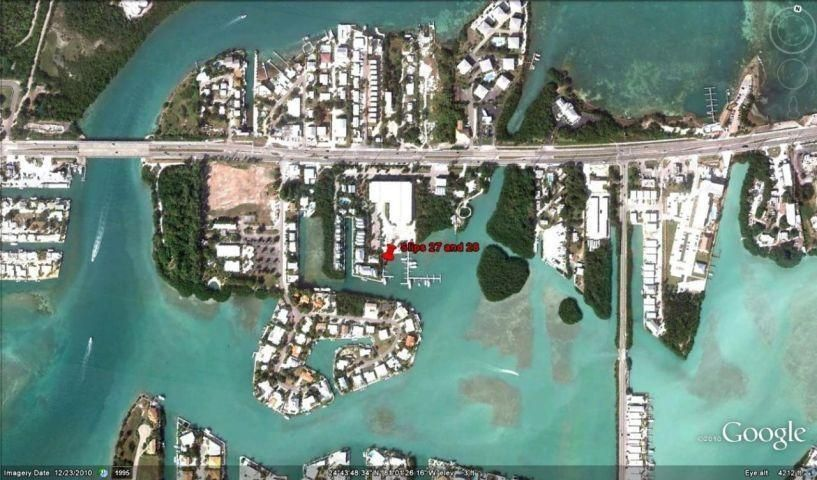 Additional photo for property listing at 12411 Overseas Highway  Marathon, Florida 33050 United States
