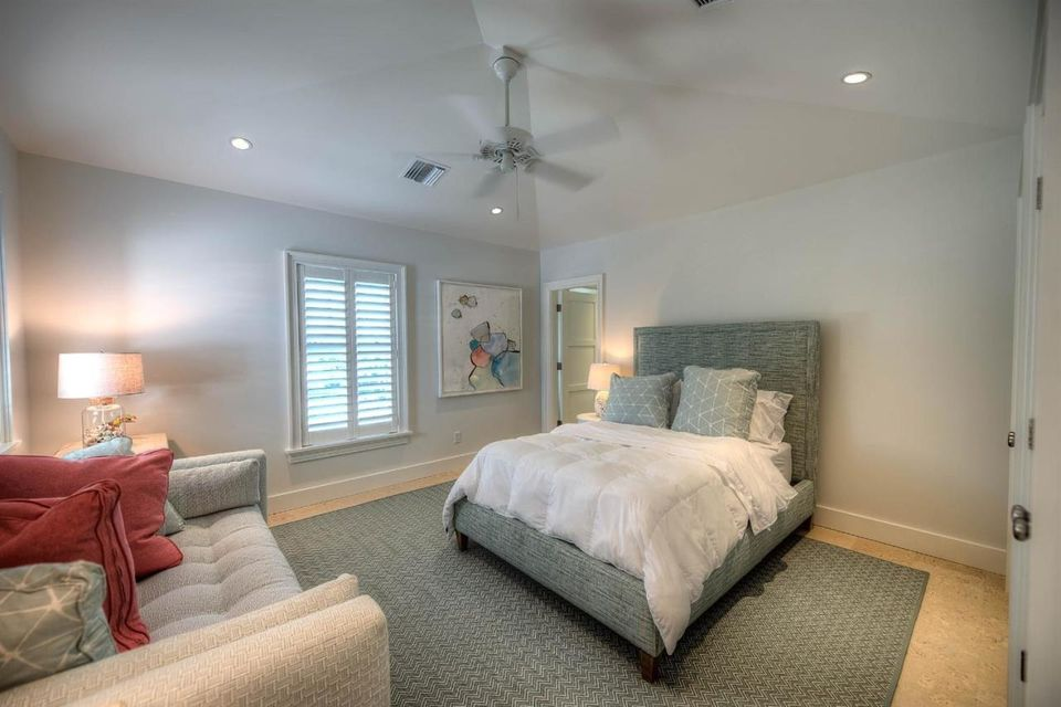 Additional photo for property listing at 821 Waddell Avenue 821 Waddell Avenue Key West, Florida 33040 Hoa Kỳ