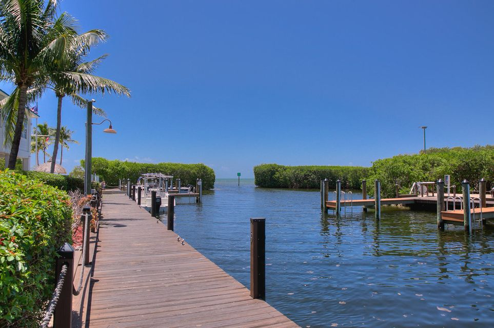 Additional photo for property listing at 500 Burton Drive  Key Largo, Флорида 33070 Соединенные Штаты