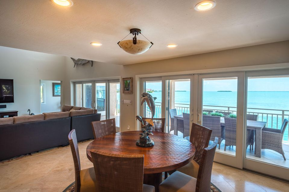 Additional photo for property listing at 414 E CARIBBEAN Drive  Summerland Key, Florida 33042 États-Unis