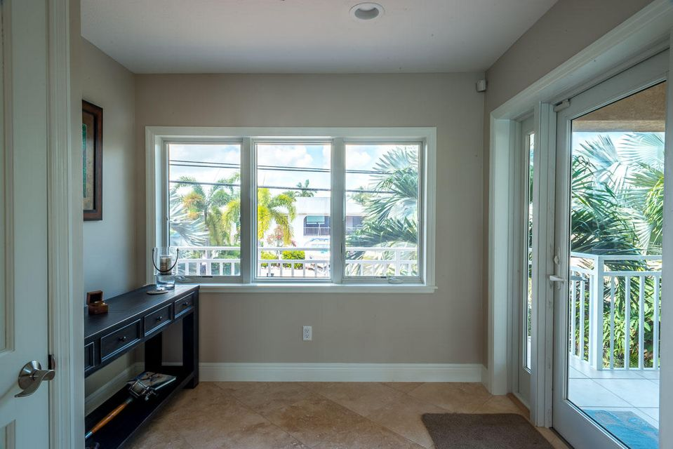Additional photo for property listing at 414 E CARIBBEAN Drive  Summerland Key, 佛羅里達州 33042 美國