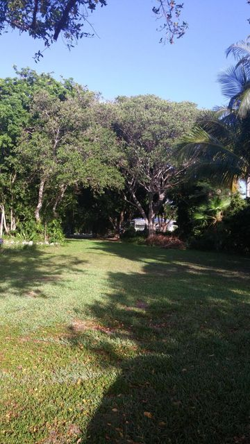 Additional photo for property listing at Shoreland Drive  Key Largo, Florida 33037 Estados Unidos