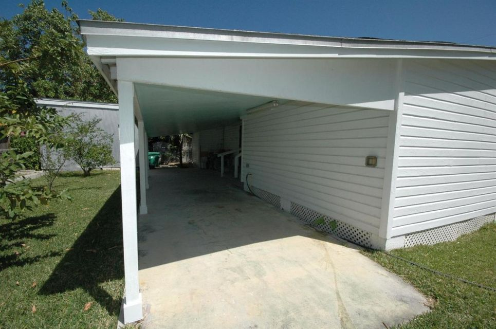 Additional photo for property listing at 1503 South Street  Key West, Florida 33040 États-Unis