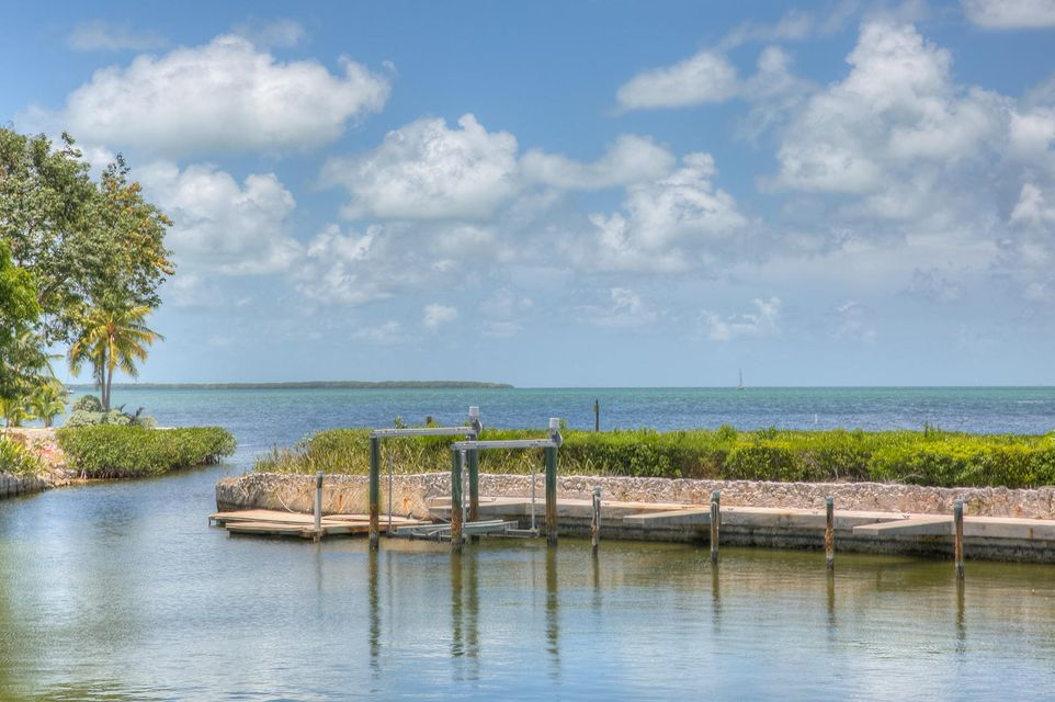 Single Family Home for Sale at 18 Flamingo Hammock Road 18 Flamingo Hammock Road Islamorada, Florida 33036 United States