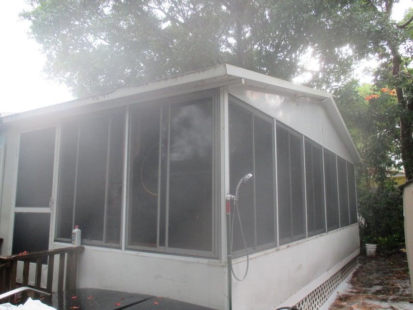 828 Norwood Avenue, Key Largo, FL 33037