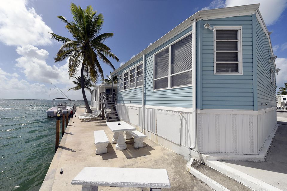 Additional photo for property listing at 701 Spanish Main Drive  Cudjoe Key, Флорида 33042 Соединенные Штаты