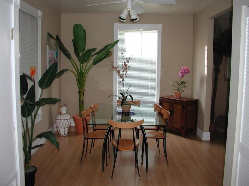 Additional photo for property listing at 700 Thomas Street  Key West, Florida 33040 Estados Unidos