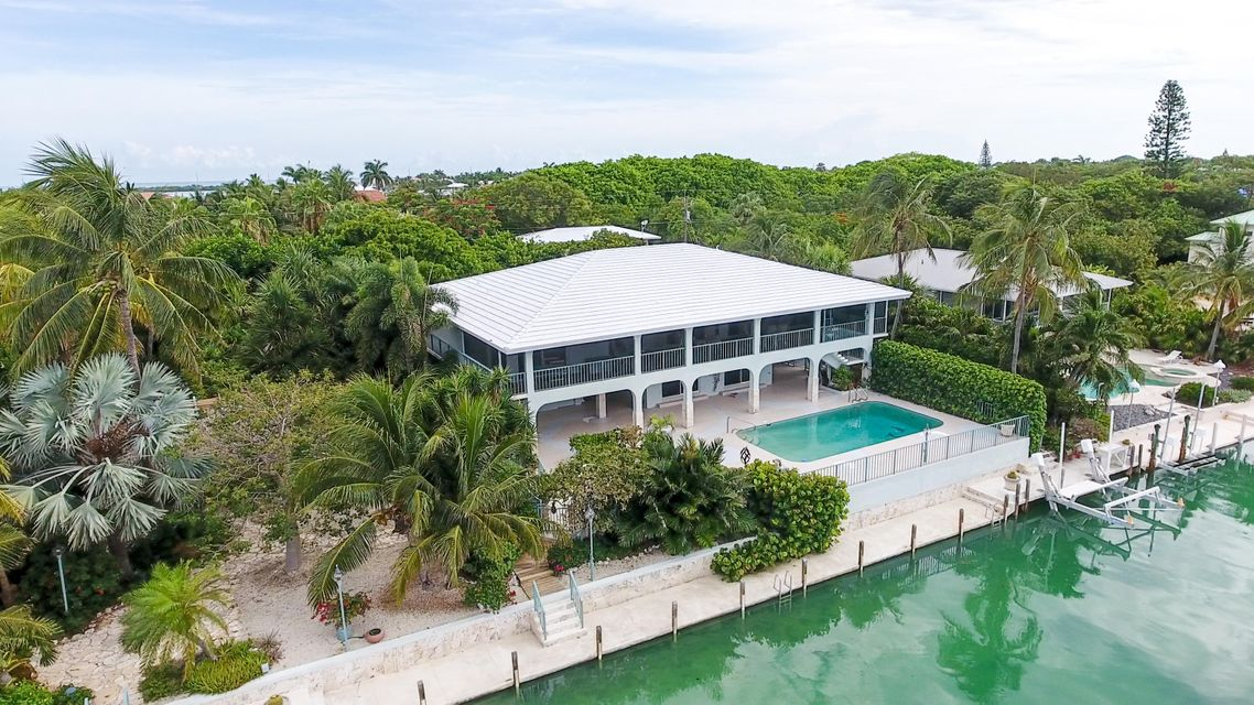 215 Seaview Drive W, Duck Key, FL 33050