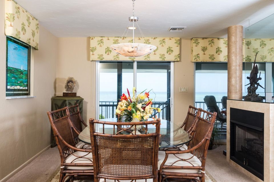 Additional photo for property listing at 215 W Seaview Drive  Marathon, 佛羅里達州 33050 美國