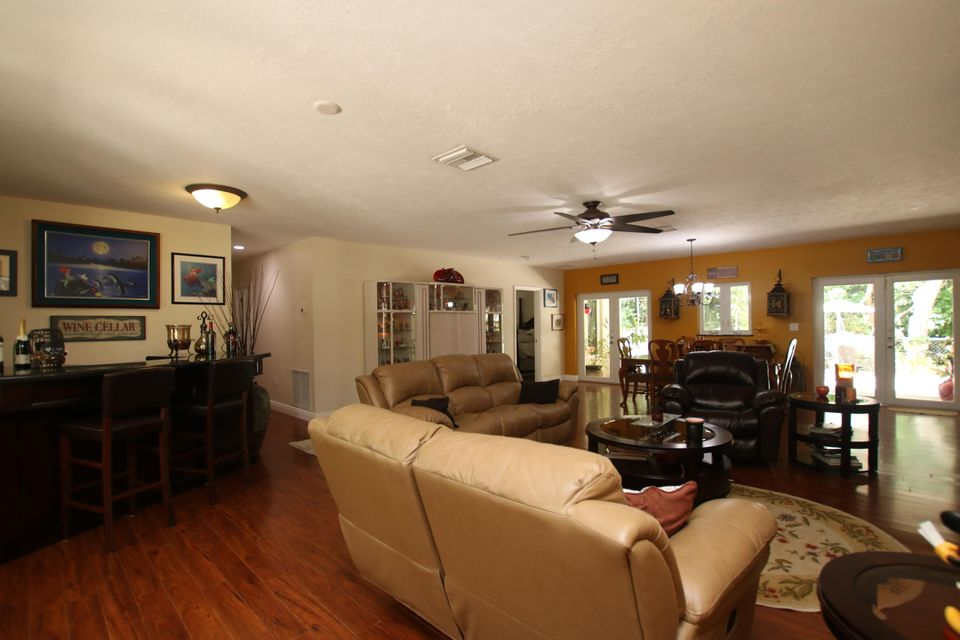 Additional photo for property listing at 137 N Sunrise Drive  Key Largo, Florida 33070 Estados Unidos