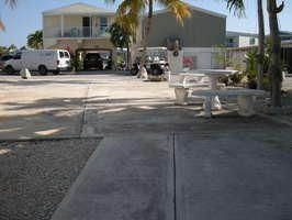 Additional photo for property listing at 701 Spanish Main Drive  Summerland Key, Florida 33042 Vereinigte Staaten