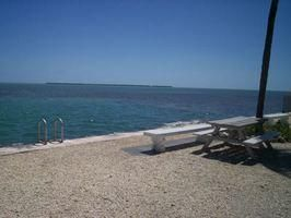 Additional photo for property listing at 701 Spanish Main Drive 701 Spanish Main Drive Cudjoe Key, 佛罗里达州 33042 美国
