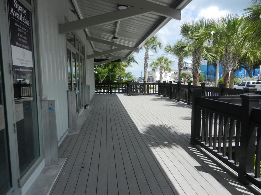 Additional photo for property listing at 725 Caroline Street  Key West, Florida 33040 Estados Unidos