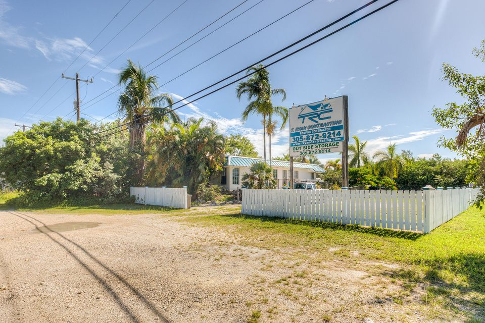 Commercial for Sale at 21423 Overseas Highway Summerland Key, Florida 33042 United States