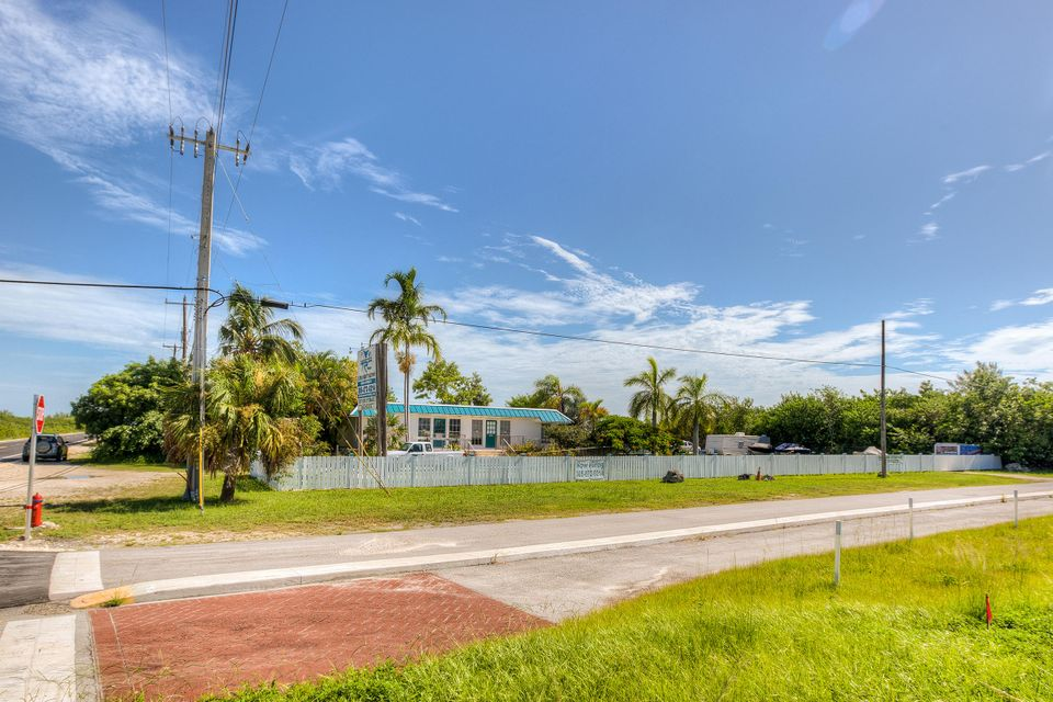 Additional photo for property listing at 21423 Overseas Highway  夏地礁岛, 佛罗里达州 33042 美国