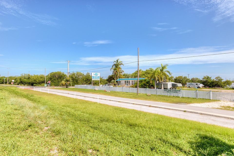Additional photo for property listing at 21423 Overseas Highway  Summerland Key, Florida 33042 Estados Unidos
