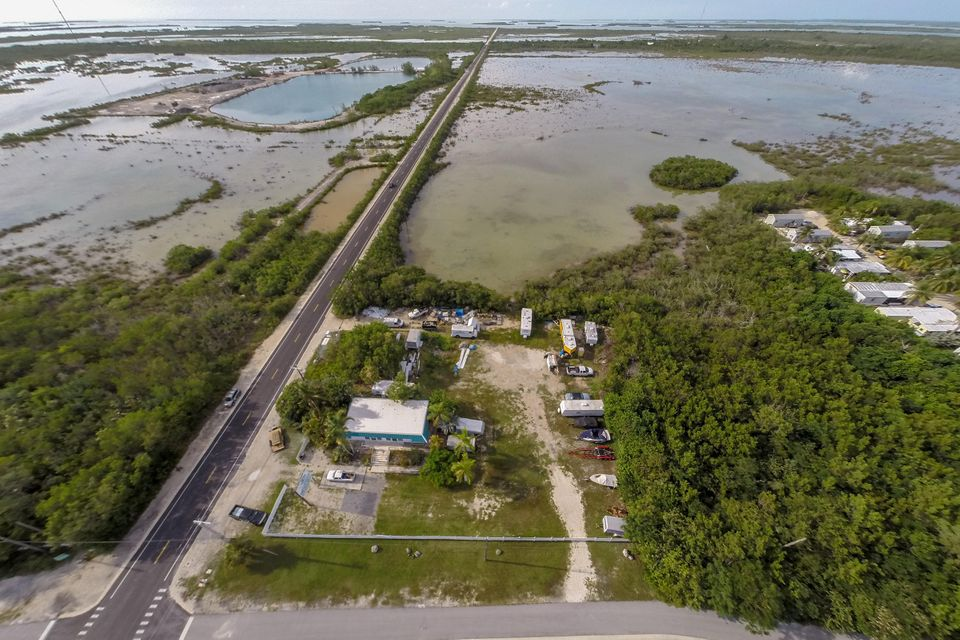 Additional photo for property listing at 21423 Overseas Highway  Summerland Key, Florida 33042 United States