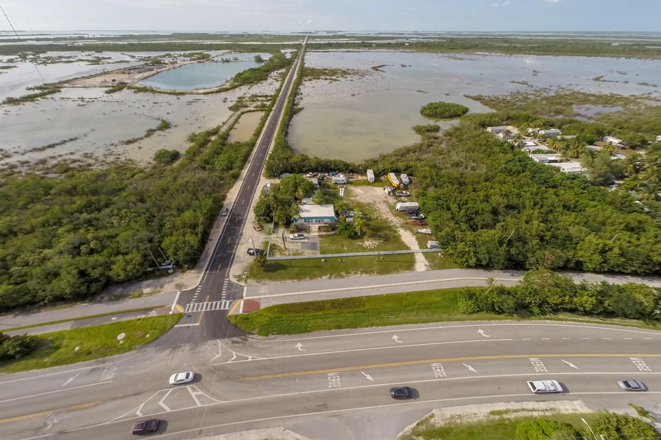 Additional photo for property listing at 21423 Overseas Highway  Summerland Key, Florida 33042 Stati Uniti
