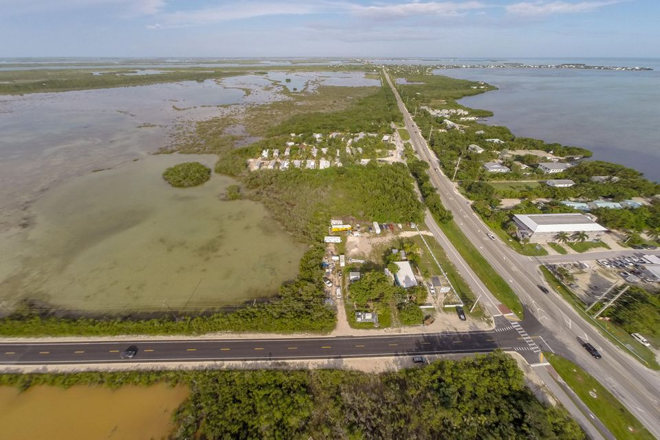 Additional photo for property listing at 21423 Overseas Highway  Summerland Key, Florida 33042 Hoa Kỳ
