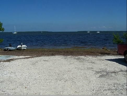 Additional photo for property listing at 31125 AVENUE E  Big Pine Key, Florida 33043 United States
