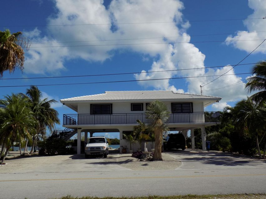 Additional photo for property listing at 860 Shelter Bay Drive 860 Shelter Bay Drive Key Colony, Florida 33051 United States