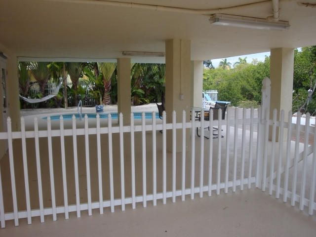 Additional photo for property listing at 210 15Th Circle  Key Colony, Florida 33051 Estados Unidos