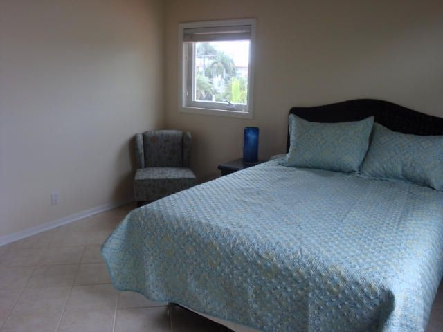 Additional photo for property listing at 210 15Th Circle  Key Colony, Florida 33051 United States